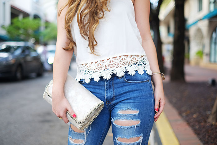 scallop white top